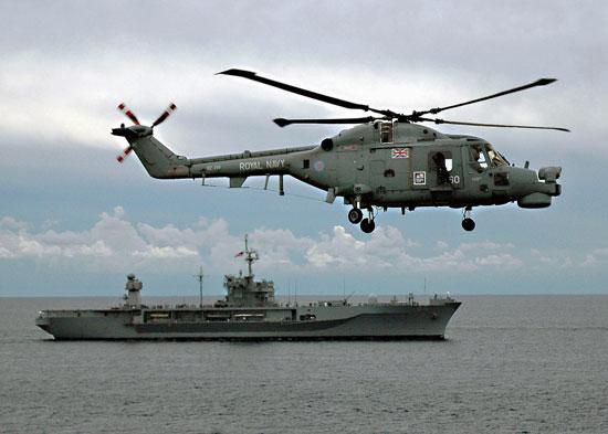 """英国""""山猫""""Lynx通用直升机"""