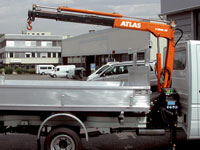 In operation Atlas Cranes smallest cranes are the greatest: low dead weight, easy to use and quick to mount. They have been specially constructed for small trucks. Great flexibility in use